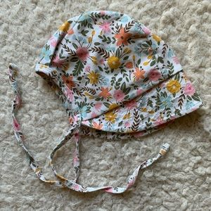 🌸3 for $20🌸 Little and Lively floral bonnet